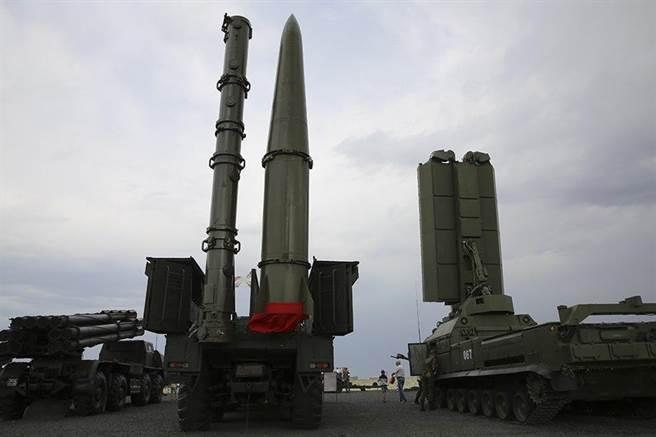 9M729 Füzesi İçeren ISKENDER-M Füze Sistemi