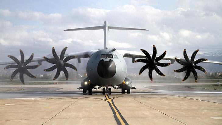 Dokuzuncu A-400M Hava Kuvvetleri'ne teslim edildi