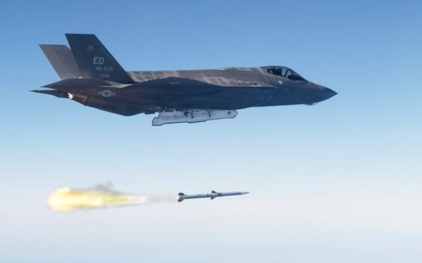 Güney Kore 120 adet Raytheon AIM-120C-7/C-8 AMRAAM alacak
