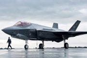 Akar: 100'den fazla F-35 savaş uçağının bakımı Türkiye'de yapılacak