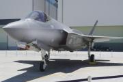 Japonya kayıp F-35A'yı arama çalışmasını durdurdu