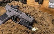 """Yerli tabanca SAR 9X, ABD'de """"Yılın En İyisi"""" seçildi"""