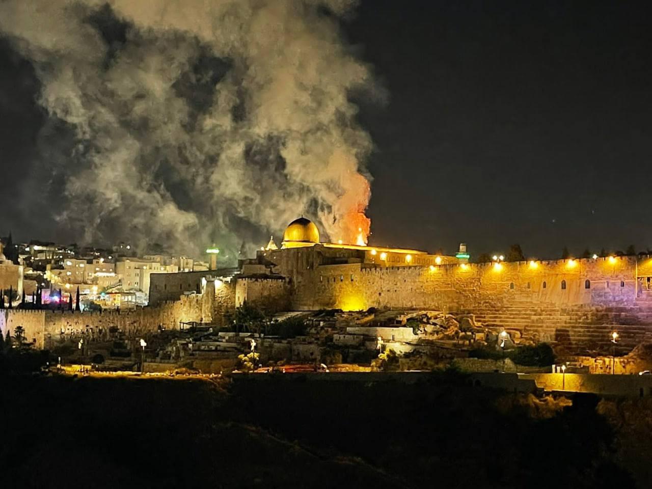 İsrail Gazze'ye saldırı başlattı !