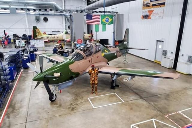 Nijerya İlk Altı A-29 Süper Tucano Hafif Taarruz Uçağı'nı teslim aldı