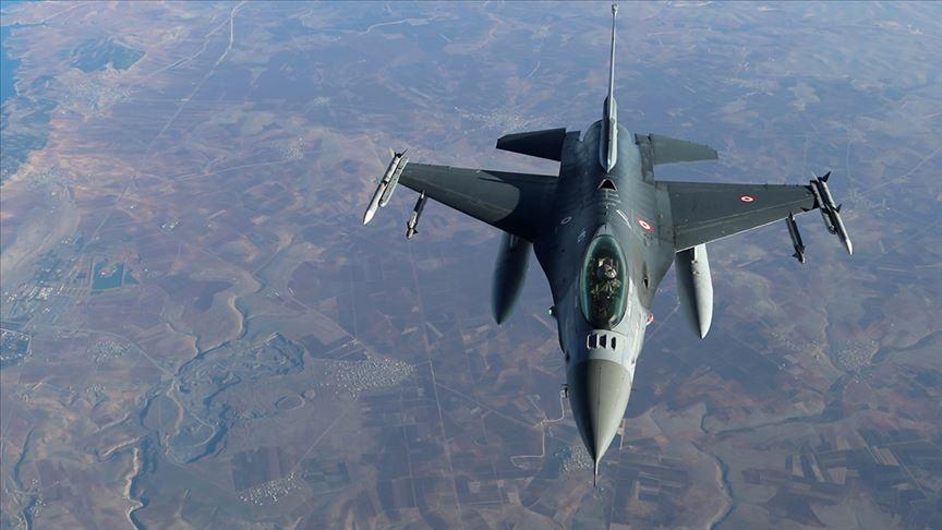 Türk F-16'ları Rus uçağına önleme yaptı !