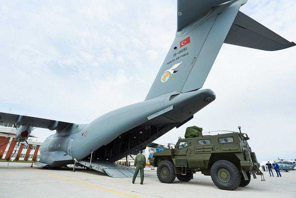 Kazakistan Airbus'a A400M nakliye uçağı siparişi verdi